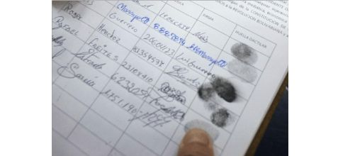 时事新闻摘抄USdeclaresVenezuelaanationalsecuritythreatsanctionstopofficials